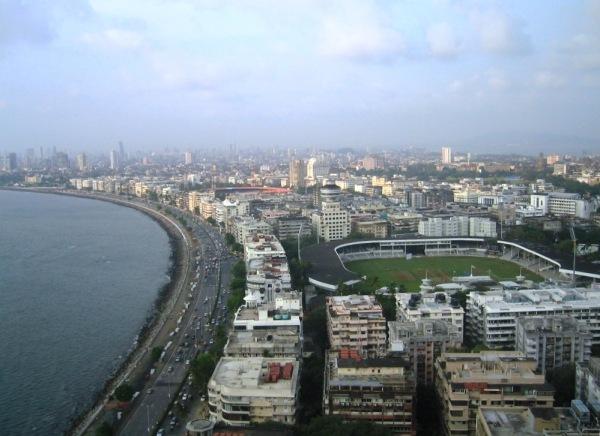 mumbai marine drive rechtgetrokken