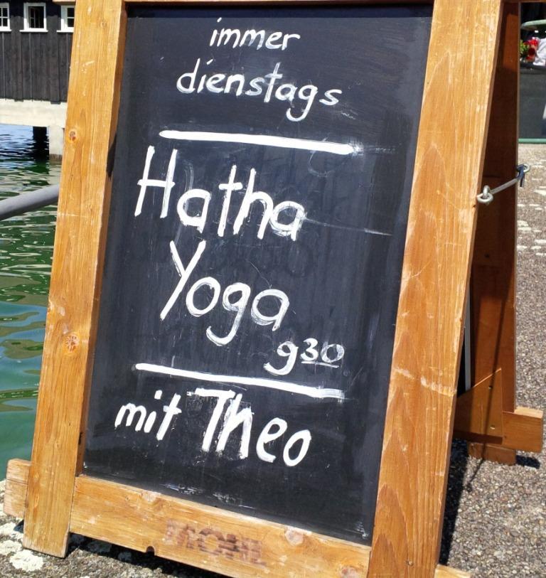 yoga met theo
