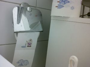 Photo: Wat een verrassend toiletpapier, by A. Dapie, 2016