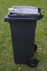 Een vuilnisbak als deze, maar dan met een zwerver erin Photo: Hans, CCO Public Domain, no attribution required, maar doe het lekker toch icoontje